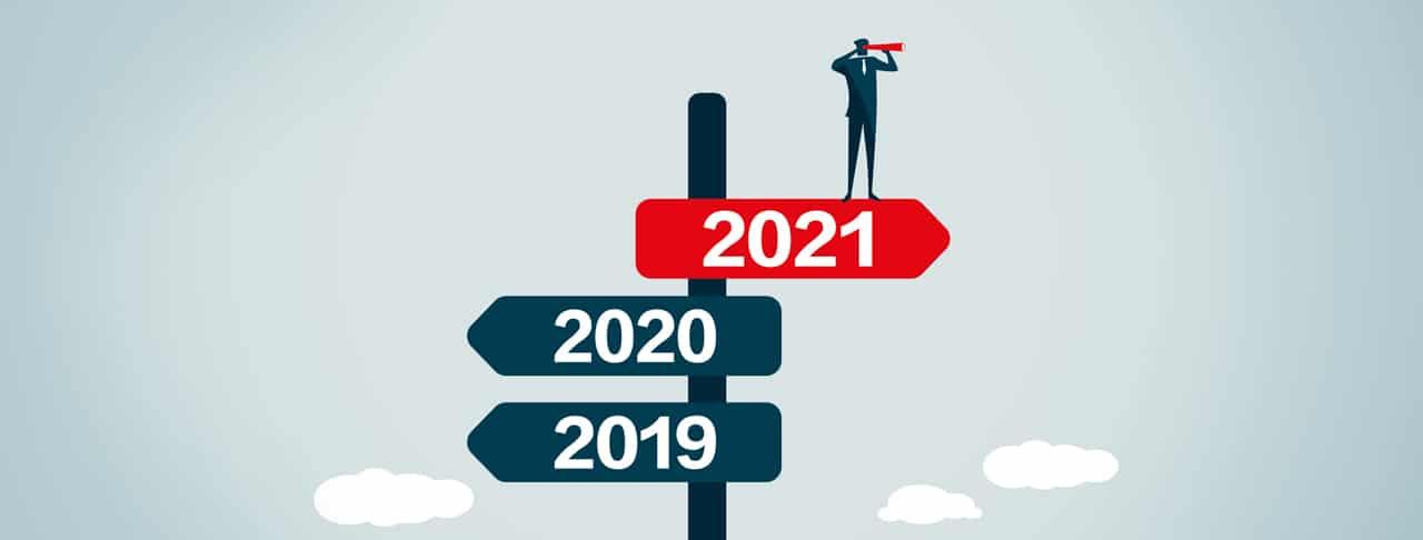 Symbolbild mit Wegweiser zur beruflichen Neuorientierung in 2021