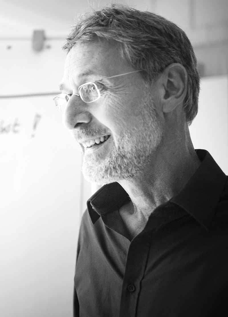 Gründer & Leiter: Dr. Martin Hertkorn